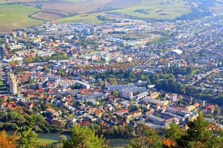 ruzomberok: Ciudad Ruzomberok desde la colina Cebrat, Eslovaquia