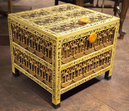 casket: Casket from the thomb of Tutankhamen