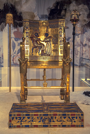 Toetanchamon's Gold Throne Redactioneel
