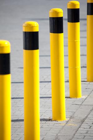 hindrance: Yellow column