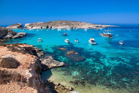 Blauwe lagune in Comino - Malta Stockfoto