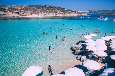 Blauwe lagune in Comino - Malta Redactioneel
