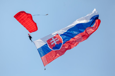slovak: Slovak national flag