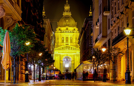 st: BUDAPEST, HUNGARY - MAY 5: St. Stephens Basilica at night on May 5, 2017 Editorial