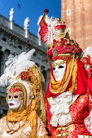 VENICE, ITALY - FEBRUARY 11: People in colorful costumes at traditional carnival on February 11, 2018 in Venice 報道画像