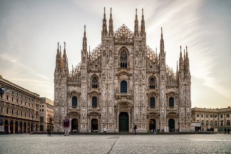 MILAN, ITALY - APRIL 13: Cathedral Duomo di Milan in centre of city on April 13,2 018 in Milan 新闻类图片