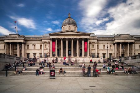 LONDON, GROSSBRITANNIEN, 14. Mai: Die Nationalgalerie am Trafalgar Square am 14. Mai 2018 in London