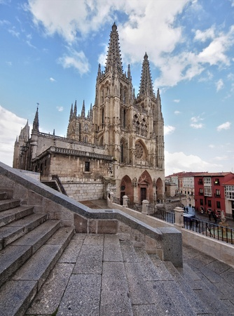 semana: BURGOS, SPAIN - APRIL 21: The UNESCO protected Cathedral of Brugos is ready for Semana Santa Procession on April 21, 2011 in Burgos, Spain.  Editorial