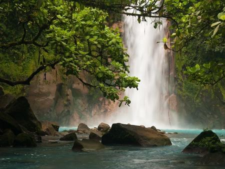 Celestial blue waterfall in Costa Rica Banco de Imagens - 11059363