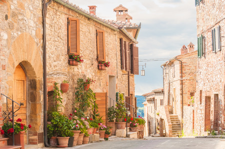 The medieval old town in Tuscany, Italy Banque d'images
