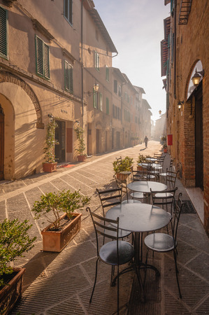 Unknown streets in the old medieval town in Italy Фото со стока - 34003872