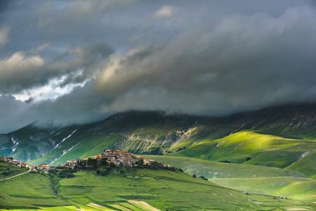 castelluccio di norcia: Beautiful spring view of the Piano Grande and Castelluccio di Norcia in Umbria, Italy