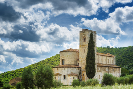 antimo: The beautiful Renaissance church in southern Tuscany, Abbey of SantAntimo.