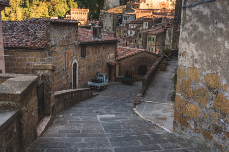 unearthly: Unearthly streets and crannies in the Tuscan village