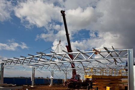 erecting: Assebbling steel roof truss