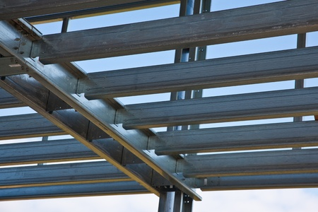 Steel load bearing structure of mezzanine