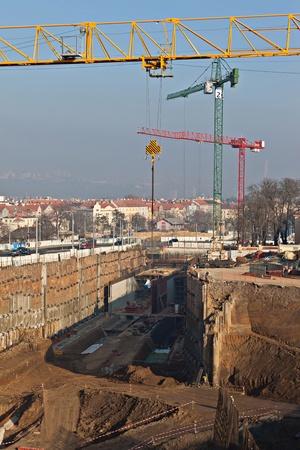 desarrollo económico: Obras de construcción del túnel de carretera