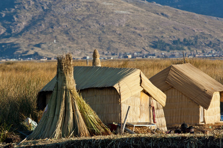 indios: Floating Uros islands at Titicaca lake Stock Photo