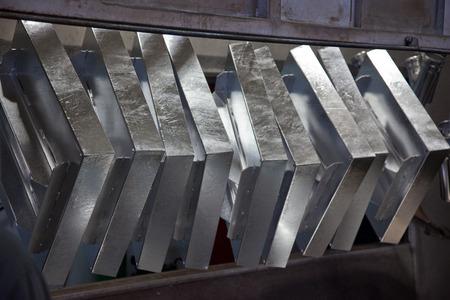 Hot dip galvanizing process of steel 스톡 콘텐츠