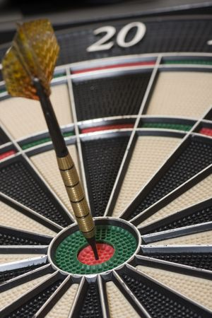 a dart with the punctuation maxima for matching a targe