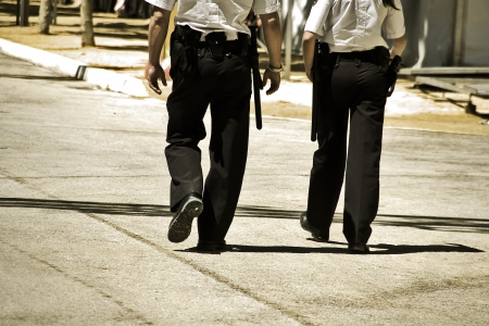 patrol cop: dos polic�as que patrullaban en un festival local