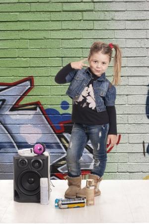 A girl listening music rap Standard-Bild - 17458293