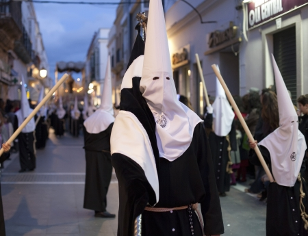 semana santa: the prosecion of the Brotherhood of Santo Entierro Editorial