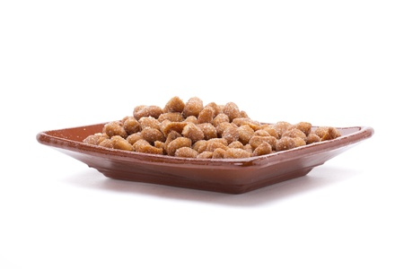 dinners: nuts as snacks to dinners and meetings, here hazelnuts with honey
