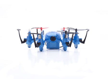 Small multicopters to fly indoors with fpv wifi