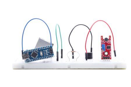 scudo e modulo per costruire progetti elettronici