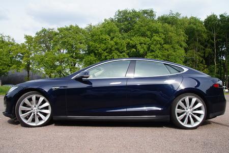 Black Tesla Motors Model S Side view