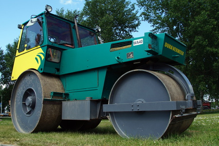compaction: Hamm Trilrolwals Steel Roller Pavement Compaction Equipment Editorial