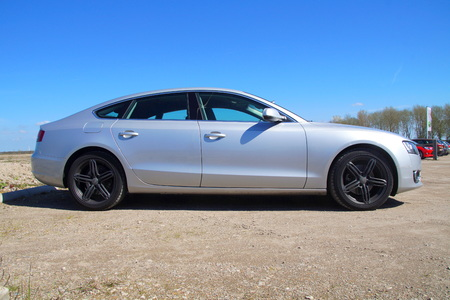 luxuries: AUDI A5 Hatchback - sideview