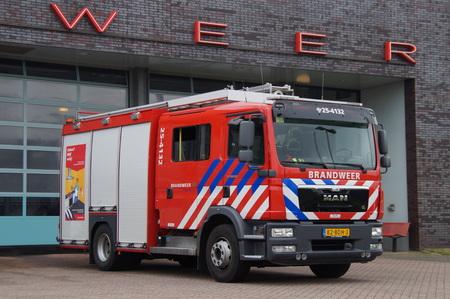 voiture de pompiers: fire engine Néerlandais Éditoriale