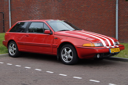 coupe: Red Volvo 480 S E2 sports coupe