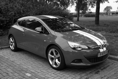 astra: Opel Astra GTC Editorial