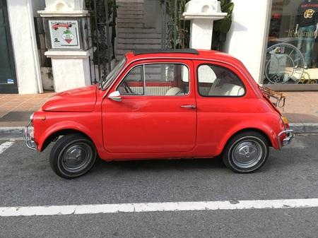 fiat: Red Fiat 500