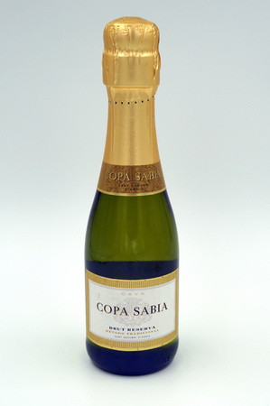 Bottle of Copa Sabia Brut Reserva against a white background.