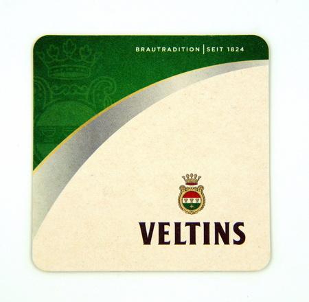 Veltins pilsner biervilt van brouwerij C & A Veltins, Duitsland. Stockfoto - 92752582