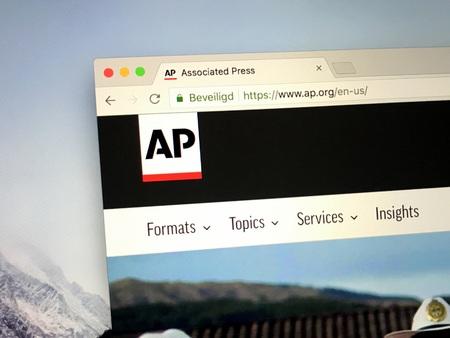 Amsterdam, Pays-Bas - 28 août 2018: Site Web de l'Associated Press ou AP, dont le siège est à New York. Éditoriale