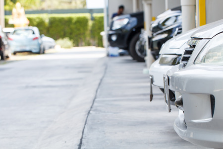multi story car park: Car parking in carpark on daytime-3