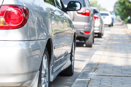 valet: car parking in line outdoor