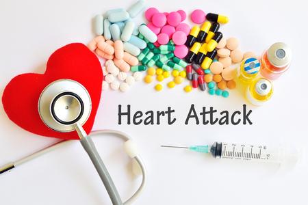 estetoscopio corazon: Ataque al corazón Foto de archivo