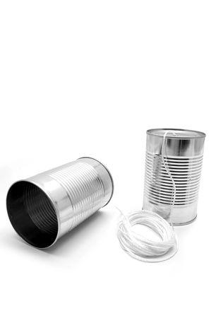 tin cans: gemaakt van blikjes en strijkorkest