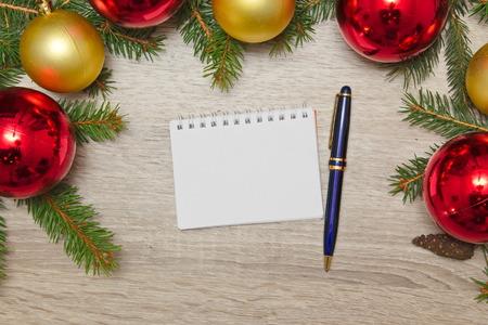 Página De Cuaderno En Blanco Con Decoración De Navidad Con Reloj ...