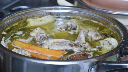 sopa de pollo: Sopa de pollo Cocinar
