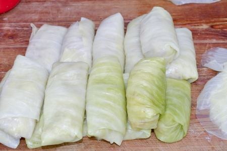 prepare stuffed cabbage with meat