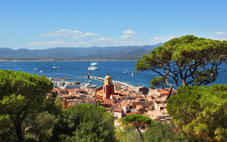 Aerial View of the Saint Tropez Harbor from the Citadelle 免版税图像