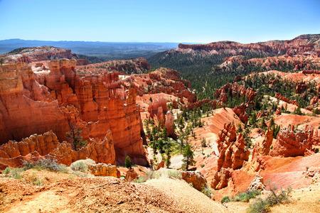 View of Bryce Canyon hoodoos from Navajo Loop Trail 版權商用圖片