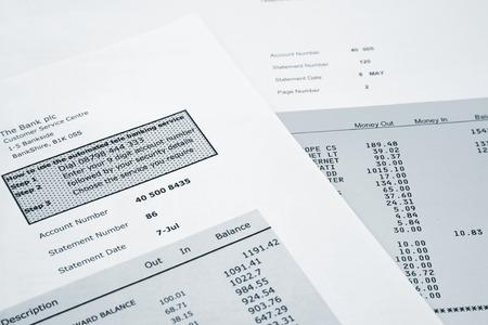 銀行やクレジット カードのステートメント
